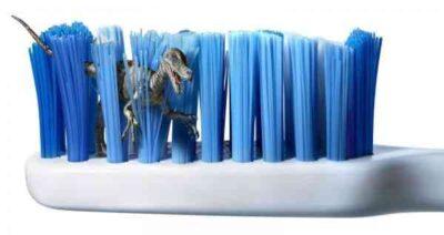 desinfecta tu cepillo de dientes frente al coronavirus