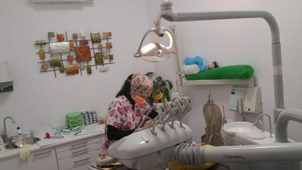 odontopediatra clínica dental Dentikids